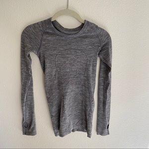 Size 2 Swiftly Tech Long Sleeve Lululemon shirt